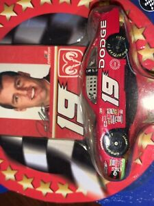 Jeremy Mayfield #19 DODGE with PIT PASS CARD 1/64 scale WINNER'S CIRCLE