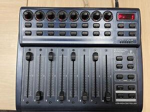 Behringer B-Control Fader BCF2000 USB/MIDI controller