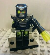 LEGO SERIES 11 EVIL MECH ROBOT WITH WEAPON NEW COLLECTIBLE MINIFIGURE AS SHOWN
