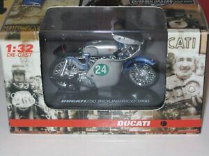 DUCATI 250 BICILINDRICO 1960 NEWRAY 1/32th Road Motorcycle Model