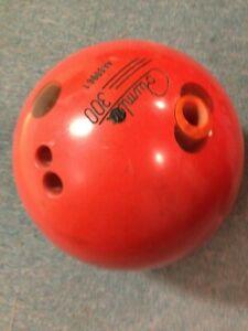 Columbia 300 Piranha Bowling Ball 15lbs Drilled