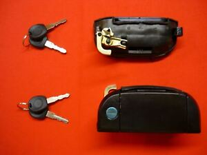 For VW TRANSPORTER T4 front door lock handle with 2 keys / right side 701837205
