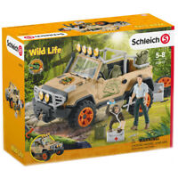 Schleich Wild Life 4x4 Vehicle with Winch 42410 NEW