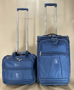 """TravelPro Crew 5 Blue Set 16"""" Tote & 22"""" Upright Exp Wheeled Carry On Suitcase"""