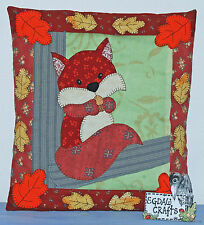 SQUIRREL IN A TREE APPLIQUE CUSHION SEWING PATTERN WENDY WADGE