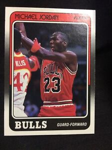 1988-1989 Michael Jordan Chicago Bulls Fleer #17 Third Year Card