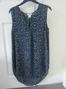 H&M  Blue Patterned Sleeveless, Curved Hem,  V necked Tunic Top Size UK 10