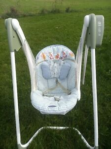 Vintage Graco Winnie The Pooh open top baby swing Easy Entry 6 speed