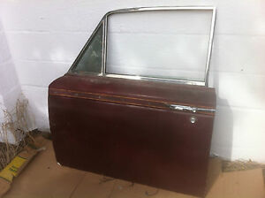 Rolls Royce Silver Shadow, Bentley ; Left Front Door Assembly from 1974 Shadow