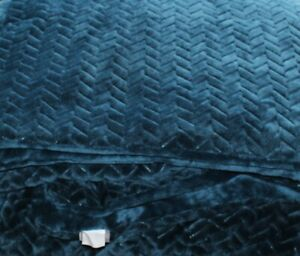 Teal Cozee Home Velvetsoft Braided Texture Filled Bedspread - One Size - New