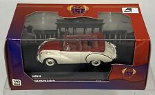 IST Models 1/43 IFA F9 Cabrio 1953 White Red - USSR - Collectible Diecast IST019