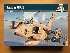 Italeri 1/72 Jaguar GR.1 plastic model kit 067
