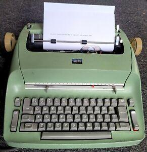 The Original - EVERYTHING WORKS GREAT - 1965 IBM Selectric Typewriter!