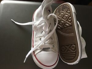 Childs White Hi-Top Converse Trainers  Infant Size 9