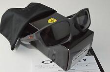 NUOVI Occhiali da sole Oakley Chainlink Telaio in Acciaio Nero Grigio Gradient Lens OO9247 13