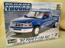 Ford F-150 Xlt 1997 Truck Model Kit Revell 85-7215 1:25 New 2011 Plastic Sealed.