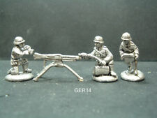Metal German WWII MG42 Tripod mount & 3 crew - 1/76 - 20mm Scale. GER14