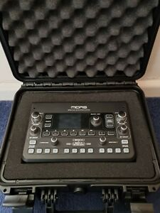 Midas DP48 - with hardcase and cable
