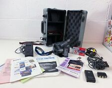 Sony CCD-TR707E Hi8 Handycam Bundle with accessories manual and case working