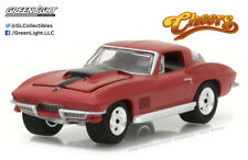 Greenlight 1:64 Hollywood 17 1967 Chevrolet Corvette Cheers
