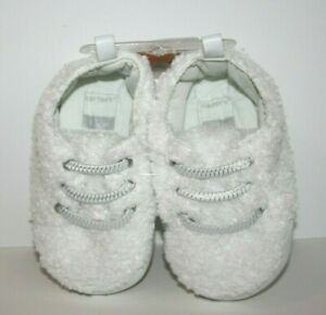 Carter's Baby White Fliffy Bear Crib Shoes 9-12 Months New NWT