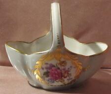 Petit panier vide poche en porcelaine de Limoges à décor floral