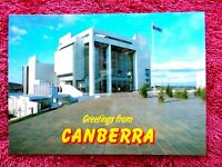 HIGH  COURT  CANBERRA   A.C.T.  COLOUR  POSTCARD  [498]