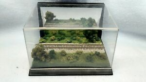 Z SCALE DISPLAY MIRROR CUBE - GREAT VIEW FOR A Z SCALE  LOCO OR CAR-   Fa