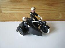 véhicule miniature MINIALUXE, cadeau BONUX, Side-Car avec pilote et passager.