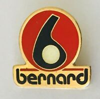 Bernard Golf Advertising Brand Pin Badge Rare Vintage (C15)