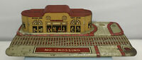 VINTAGE MARX PRE-WAR TIN LITHO UNION STATION TRAIN TERMINAL PLATFORM CROSSING