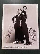 Petri Kokko & Susanna Rahkamo - signed photo  - COA - pose 5