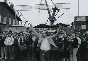 Lech WALESA (1943) original sign. Photo 20x29cm Foto DANZIG / autograph Wałęsa