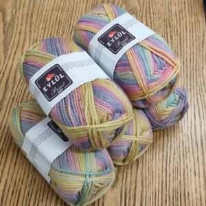Eylul 5 x 100g Chunky Yarn multicoloured variegated muted rainbow