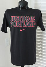 Nike Just Do It Portland Mens Black /Hot Pink T-Shirt  Size Medium