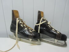 ICE HOCKEY-SKATES - KOVOPOL -  SIZE 45 - IN DOOS - RETRO