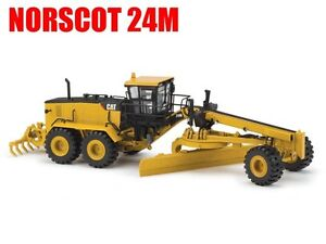 Norscot Cat 24M Motor Grader Caterpillar 1:50 scale DieCast Model 55264