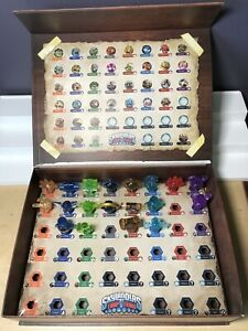 Skylanders Trap Team 19 Crystals Collector Box Chest - SOME DAMAGE TO BOX