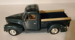 Diecast -1/24 1940 Ford Pickup Truck No 68062 Green