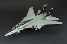"""Calibre Wings CA721401, F-14B Tomcat. VF-103 """"Jolly Rogers Last Flight"""""""