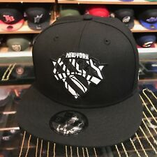 New Era New York Knicks Snapback Hat All Black/White Stripe