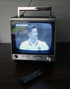 """Vintage SONY Model 9-90UB 8"""" Solid State Transistor TV - 60s/70s - Freeview !"""