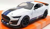 Jada 1/24 Scale Model Car 32663 - 2020 Ford Mustang Shelby GT500 - White