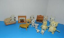 CALICO CRITTERS LOT OF 10 FIGURES  & PLAY FURNITURE,