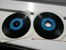 """2 x Gloria Gaynor 7 """" vinyls Never Can Say Goodbye  & I Am What I Am"""