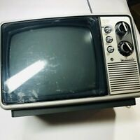 Vintage 1977 Panasonic Solid State Tv Model Tr-822