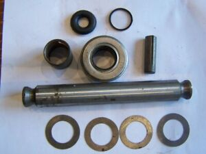 FORD MK1 TRANSIT KING PIN SET 1 SIDE ONLY WITH PARTS MISSING.