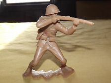 """VINTAGE TOY 1963  MARX 5 """" HIGH WWII LARGE PLASTIC JAPANESE RIFLE SOLDIER"""