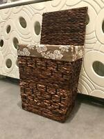 NATURAL WOVEN WATER HYACINTH SQUARE LIDDED LINEN LAUNDRY BASKET STORAGE BIN