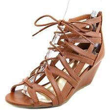 Sandali e scarpe pelle sintetici marca MaterialGirl per il mare da donna marrone